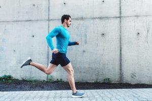 Os benefícios da corrida são inúmeros e alguns até surpreendentes. Conheça 5 dos principais